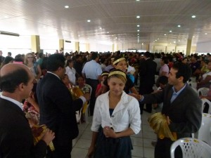 Novos discípulos são recebidos na Igreja Adventista.