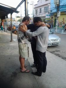 Projeto missionário de oração é realizado mensalmente.
