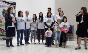 Grupo de Vila Galvão, pioneiros na aplicação do Projeto Pegadas no Brasil (foto: Sônia Rigoli)