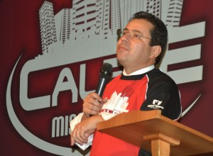 Pastor Areli Barbosa, líder dos jovens na América do Sul, lança projeto em São Paulo.