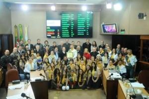 Homenagens ocorrem em várias cidades do Brasil e reconhecimento chegou, também, à esfera fedeeral