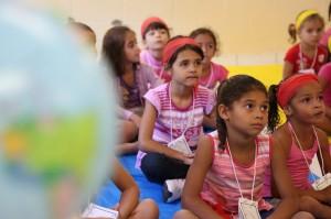 Crianças conheceram trabalho da Adra em outros países na Escola Cristã de Férias