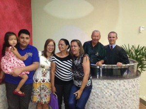 Decidido e batizado, o delegado aposentado participa ativamente de programas de reavivamento espiritual