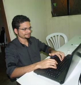 Uso da web para finalidades evangelísticas mudou a realidade de jovem adventista