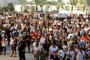 Milhares de pessoas lotaram o parque de Madureira na Zona Oeste do Rio.