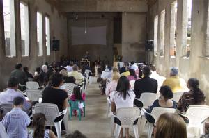 Organização de nova igreja em Vila Mirim