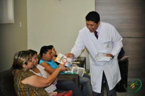 Hospital-Adventista-de-Belem-distribui-livro-missionario-a-pacientes
