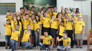 Jovens-catarinenses-auxiliam-comunidade-durante-a-Missao-Calebe