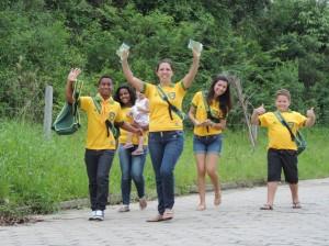 Jovens-catarinenses-auxiliam-comunidade-durante-a-Missao-Calebe2