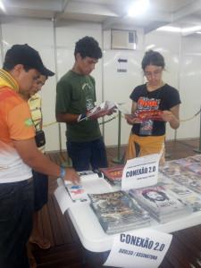 Revista-Conexao-20-explora-conteudos-direcionados-a-juvenis-e-jovens2