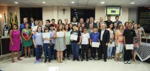 Aluna-da-Escola-Adventista-de-Paranagua-participa-do-projeto-Vereador-Mirim