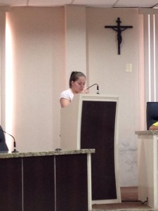 Aluna-da-Escola-Adventista-de-Paranagua-participa-do-projeto-Vereador-Mirim2