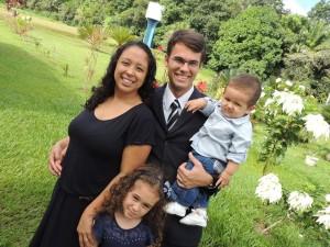 Vinícius e família se dedicam ao ministério pastoral depois de perceber a vontade de Deus