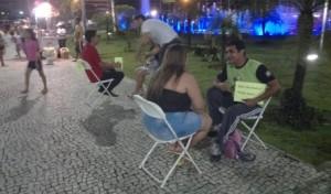 Jovens-ouvem-desabafos-da-populacao-nas-ruas-de-Manaus