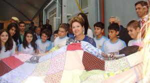 Presidente-Dilma-Rousseff-recebe alunos-da-Educacao-Adventista-no-RS2