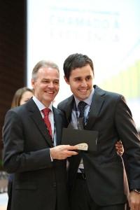 Servidores-da-Igreja-Adventista-recebem-Premio-HSBC-no-Sul-do-Brasil2