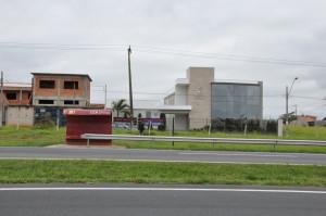 às margens da rodovia SP 127 a nova igreja foi construída em 15 meses