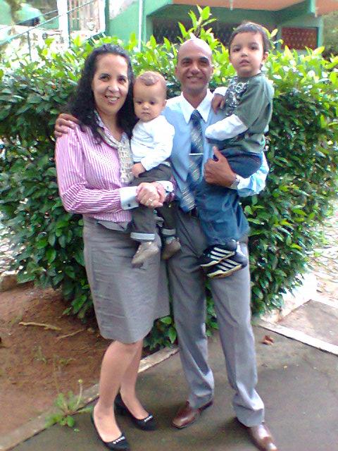 Anderson Evangelista e sua família Foto: Arquivo pessoal